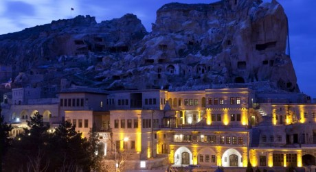Fresco Cave Suites & Mansions,